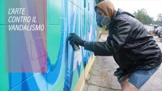 Guerra al vandalismo a colpi di fiabe