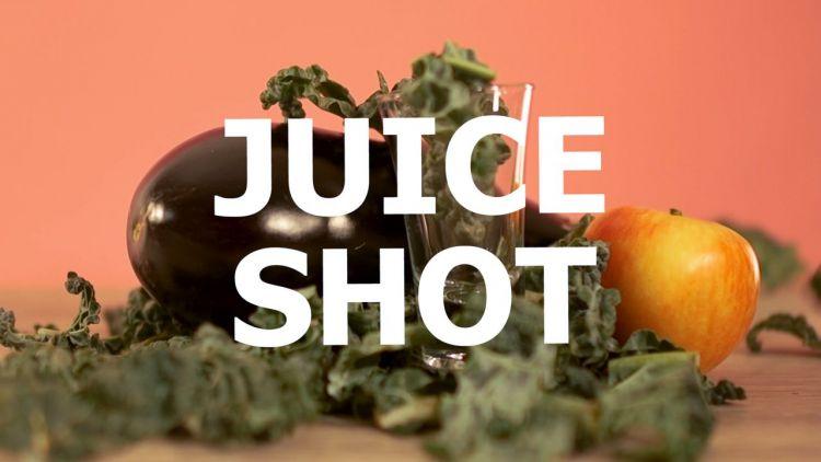 Shot di verdura e chaser di frutta: cavolo nero